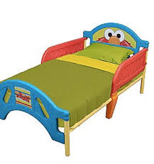 toddler bed options from delta children s products momtrends