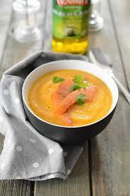 cuisiner des coings soupe aux coings et à la citrouille recette soupe entrées