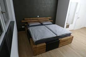 massivholzbett eiche rustikal bett schlafzimmer schreinerei