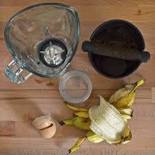 Homemade Fertilizer For Pumpkins by Diy Organic Fertiliser From Leftovers Banana Peels Coffee Grind