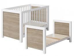 chambre bebe lit evolutif lit bébé évolutif duke de micuna lit bébé évolutif design en bois