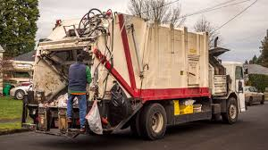Peterbilt 310 - Dempster Route King II Garbage Truck - YouTube