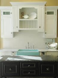 Log Cabin Kitchen Backsplash Ideas by 15 Cottage Kitchens Diy