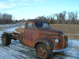 1947 Studebaker 1 1/2 Ton Truck, MINOT, ND US, $1,800.00 36 Studebaker Truck Youtube Ertl 1947 Pickup Truck Six Pack Colctables M5 Deluxe Stock Photo 184285741 Alamy S1301 Dallas 2016 Car Brochures Yellow For Sale In United States 26950 Rat Rod Truck4 Seen At The 2nd Annual Kn Flickr 87532 Mcg Starlight Wikipedia Dads 1948 Pickup