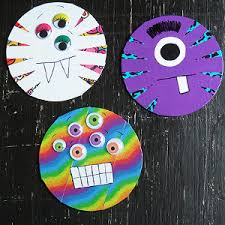 What To Do With CDs 18 Recycled Crafts From Household Items Scarily Thrifty Monsters