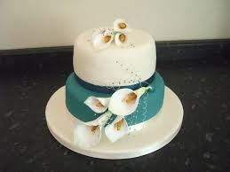 Adventures In Cake Decorating by Adventures In Savings Rose Bakes An Ivory And Teal Wedding Cake
