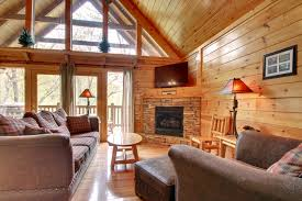 5 Bedroom Cabins In Gatlinburg by Bearly Believable 5 Bedroom Cabin Located In Gatlinburg