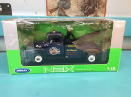 100 Car And Truck Auctions WELLY Nex Models Welly 1956 FORD F100 Tow Ford Wrecker Car
