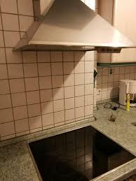 küche mit elektrogeräte ceranfeld backofen dunstabzugshaube