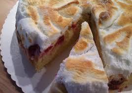 rhabarber himbeer kuchen mit guß und baiserhaube
