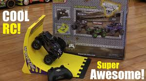 Remote Control Trucks Videos - Rsp Kk2 Goliath Scale Rc Mud Truck Tears Up The Terrain Like Godzilla Nitro Gas Powered Remote Control Trucks Short Course Best Kits Bodies Tires Motors 4x4 New Bright 124 Radio Ff Adventures Chevy Mega 110th Electric Dual Super Fast Affordable Car Jlb Cheetah Full Review Diy This Land Rover Defender 4x4 Is A Totally Waterproof Offroading Toy Car Driving And Crashing With Trucks Video For Children Grave Rc Monster Videos Digger Jams Adventures Tips Magazine February 2012 4wd Rtr Dakar Rally Truck Trf I Jesperhus Blomsterpark Youtube