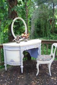 Vintage Vanity Dresser Set by 542 Best Pretty Perfume Bottles Vanity Sets Mirrors Etc