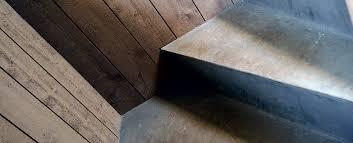 beton cire sur escalier bois béton ciré et peinture déco pour l escalier et les pièces a