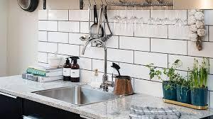 photo cuisine avec carrelage metro 10 crédences de cuisine inspirantes côté maison
