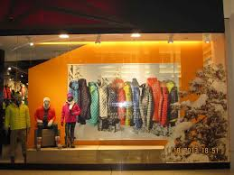 Display Ideas Window Images On Pinterest For Vendor Shop Around Build With Best Windows Book Innovative Retail
