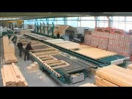 maison en bois préfabriquée en usine