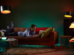 kick your philips hue obsession with this 4 bulb starter kit