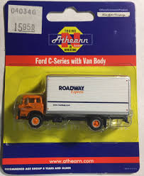 N Scale - Athearn - 10084 - Truck, Ford C-Series - Roadway - 23342 Tomytec Nscale Truck Collection Set D Lpg Tanker Gundambuilder N Scale Classic Metal Works 50263 White Wc22 Kraft Finenscalehtml Oxford Diecast 1148 Ntcab002 Scania T Cab Curtainside Ian 54 Ford F700 Delivery Trucks Trainlife Gasoline Tanker Semi Magirus Truck Wiking 1160 Plastic Tender Truckslong Usrapr 484 Northern 1758020 Beer Trucks Athearn 91503c Cseries Cadian 100 Ton N11 Roller Bearing W Semiscale Wheelsets Black 1954 Green Giant 2 Pack 10 Different Ultimate Scale Trucks Bus Kits Most In Orig