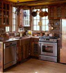 Small Log Cabin Kitchen Ideas by Best 25 Small Cabin Kitchens Ideas On Pinterest Rustic Galley