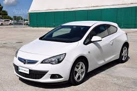 used opel astra of 2012 84 999 km at 8 900