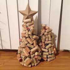 Saran Wrap Xmas Tree by 20 Adorable Diy Mini Christmas Trees You U0027re Going To Love
