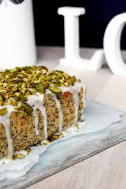 mohn zitronen kuchen mit pistazien für den perfekten spätsommer