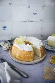 lemon food cake zitronenkuchen auf die luftige