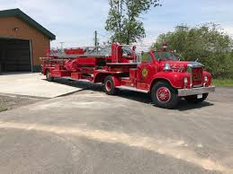 Eye Candy: 1962 Mack B-85F Fire Truck | The Star