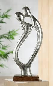 gilde dekofigur skulptur figura der kuss dekoobjekt höhe 43 cm aus metall sockel aus holz wohnzimmer