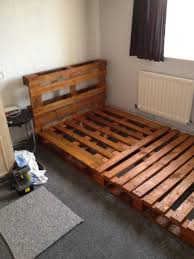 bedroom recycle pallet wood twin bed with headboard with padded