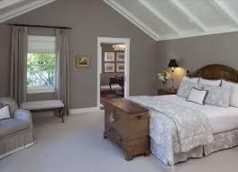 wandfarben schlafzimmer mit dachschräge pin jeannie shaw
