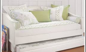 Big Lots Bedroom Furniture by Daybed Daybed With Trundle Big Lots Recommended For Magnificient