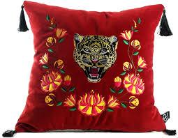 casa padrino luxus deko kissen mit troddeln tiger rot mehrfarbig 45 x 45 cm feinster samtstoff luxus qualität