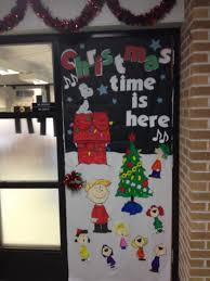 Funny Christmas Office Door Decorating Ideas by Charlie Brown Christmas Door Took A While But I Love It