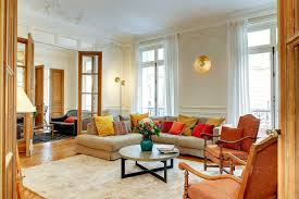 100 Saint Germain Apartments Paris Apartment Vacation Rentals On The Famous Boulevard