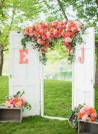 10 Rustic Old Door Wedding Decor Ideas If You Love Outdoor Country
