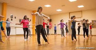 cours de danse pour enfants et adolescents l atelier saugrenu