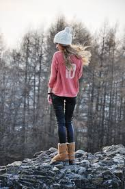 Cute Winter Outfits With Leggings And UGG Boots
