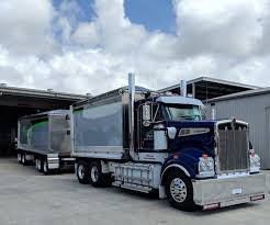 100 Pace Trucking Haulage T909 Truck And Dog Looks The Goods T909 Kenworth Kw