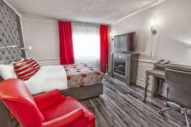 chambre detente chambre privilège à grand lit et détente 8 plaza québec