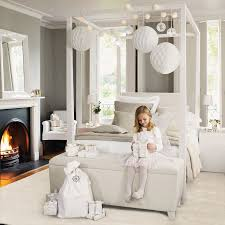 Stylish Four Poster Bed White Hang Lanterns Or Glass Tea Light Holders From