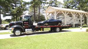 Neeley's Towing | Texarkana | Tow Truck | Recovery | Towing | Lowboy
