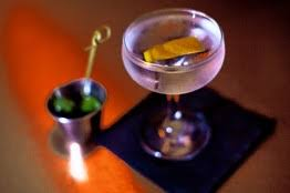 Bathtub Gin Nyc Burlesque by Bathtub Gin In Chelsea Nyc Try The Hipster Reviver 2 Featuring