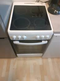 verkaufe kleine neuwertige küche mit e geräte ohne kühlschrank