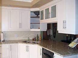 armoire de cuisine stratifié restauration de cuisine créations folie bois restauration d