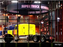 IOWA 80 TRUCK STOP. SUPER TRUCK SHOWROOM. | Mapio.net