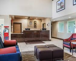 fort Inn & Suites St Louis Chesterfield in Chesterfield MO