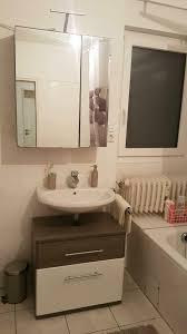 waschbeckenunterschrank der marke santorin mömax braun weiß