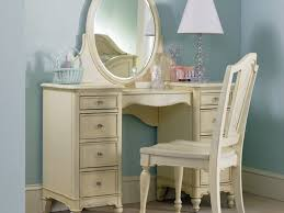 Makeup Vanity Desk With Lighted Mirror by Bedroom 14 Bedroom Vanity Desk With Mirror Stunning Bedroom