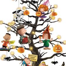 Snoopy Pumpkin Carving Kit by Amazon Com Peanuts It U0027s The Great Pumpkin Illuminated Halloween
